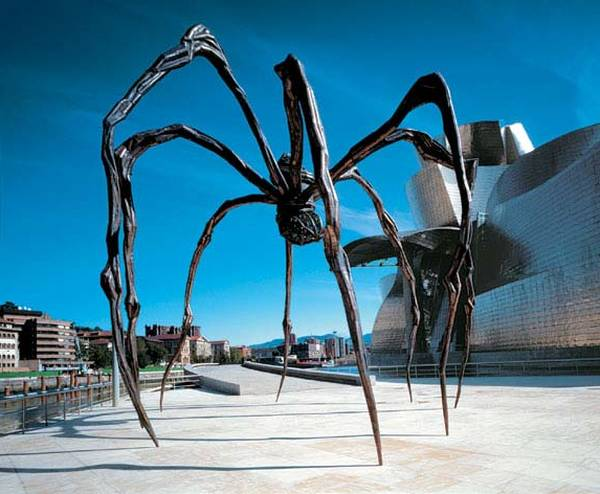 louise bourgeois maman analysis
